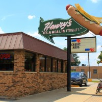 Henry's Drive In in Cicero
